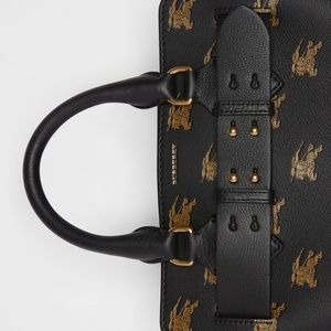 Burberry Bags - 🔥NWT Burberry Equestrian Knight Leather Belt Bag